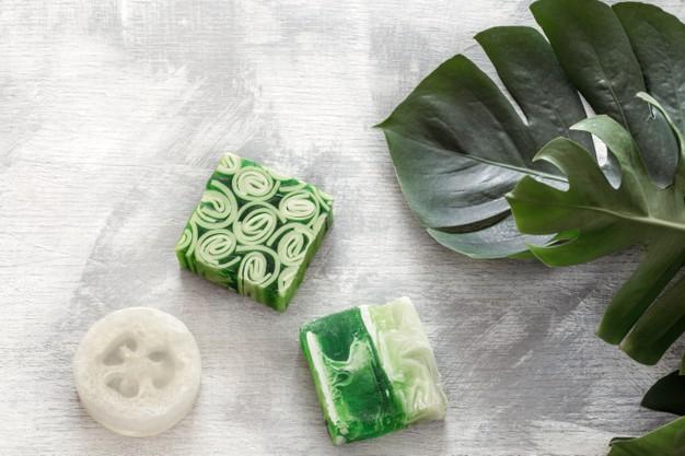 8 recettes de cosmétiques à faire soi-même à la maison